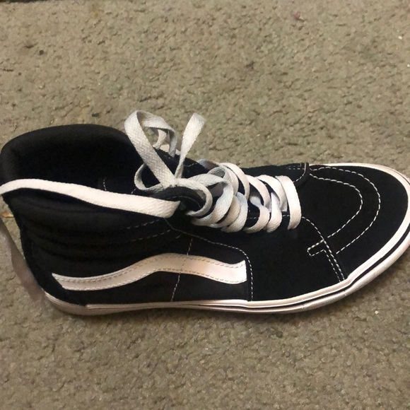 Vans Shoes   Slightly Used For Sale